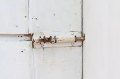 Oude bout met roest de deur Stock Afbeelding