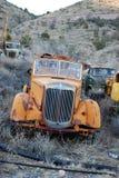 Oude brandvrachtwagen (voorkant) Royalty-vrije Stock Foto's