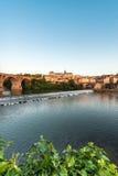Oude brug in Albi, Frankrijk stock afbeeldingen