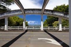 Oude brug over rivier Wailuku royalty-vrije stock afbeelding