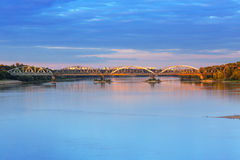 Oude brug over Vistula-rivier in Torun Royalty-vrije Stock Afbeeldingen