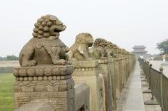 Oude brug van brug China-Lugou Stock Fotografie