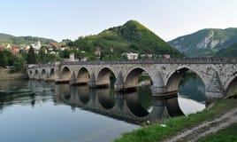 Oude brug in Visegrad Stock Foto's