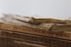 Oude bruine boeken Stock Foto