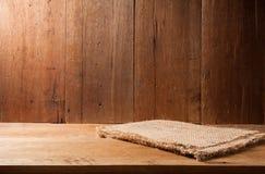 Oude bruine donkere houten het stillevenstijl van de muurtextuur Royalty-vrije Stock Fotografie
