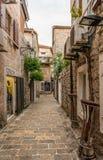 Oude Budva Huizen, straten en stegen montenegro royalty-vrije stock afbeeldingen
