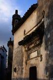 Oude burgerlijke gebouwen stock afbeeldingen