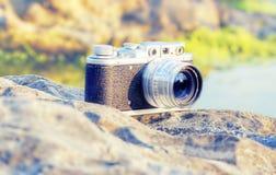 Oude camera met telemeter Stock Fotografie