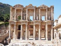 Oude Celsius-Bibliotheek in Ephesus, Turkije royalty-vrije stock foto