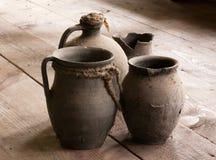 Oude ceramische schotels 2 Royalty-vrije Stock Foto's