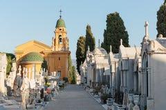 Oude Chateau-Begraafplaats in Nice op Kasteelheuvel Stock Foto