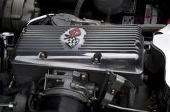 Oude Chevrolet-motor van een auto Royalty-vrije Stock Afbeeldingen