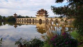 Oude Chinese brug Jianshui, Yunnan, China royalty-vrije stock fotografie