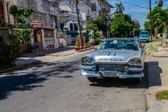 Oude Cubaanse auto Stock Afbeelding