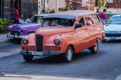 Oude Cubaanse auto Stock Foto's