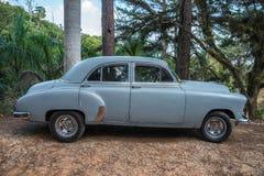 Oude Cubaanse auto Royalty-vrije Stock Foto's