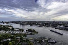 Oude de stadsmening van Amsterdam stock fotografie