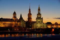 Oude de stadsnacht van Dresden Stock Foto