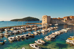 Oude de stadspijler van Dubrovnik stock afbeelding