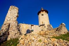 Oude de stadsruïnes van Dreznik Grad stock foto