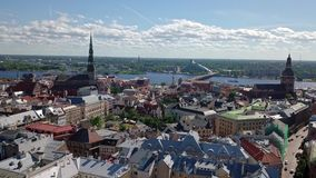 Oude de stadsvideo van Riga stock video