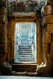 Oude deur in Angkor Wat, Kambodja Royalty-vrije Stock Afbeelding