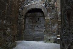 Oude deur in een stad van Toscanië Royalty-vrije Stock Foto