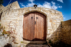 Oude deur in het dorp van Lofou Limassol District cyprus Stock Foto