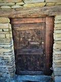 Oude deur, tijd en geschiedenis royalty-vrije stock foto