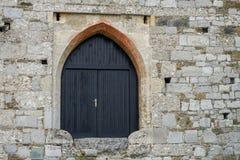 Oude deuren en Oude vensters in de Oude stad Royalty-vrije Stock Foto's