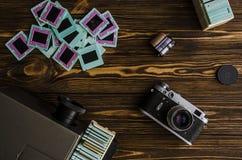 Oude dia's en een oude camera Royalty-vrije Stock Afbeelding