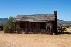 Oude die de Stadsfilm van Wilde Westennen in Mescal, Arizona wordt geplaatst Stock Foto