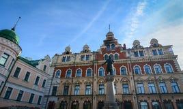 Oude die gebouwen in Vyborg, Rusland worden gevestigd Stock Foto
