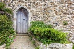 Oude die kasteeldeur in Rogge, Kent, het UK wordt gezien Stock Fotografie