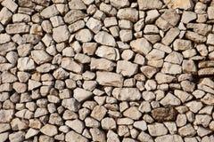 Oude die muur van lichte stenen wordt gemaakt Stock Afbeelding