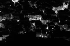 Oude die Stad van Kotor van Vooruitzicht bij Nacht, Montenegro wordt gezien royalty-vrije stock afbeelding