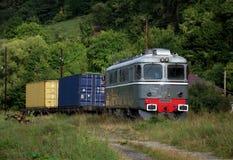 Oude diesel elektrische locomotief Stock Foto's