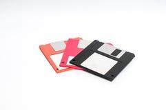 Oude diskette gezet op witte achtergrond Royalty-vrije Stock Fotografie