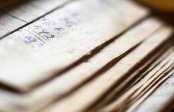 Oude document documenten in het archief stock afbeelding