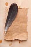 Oude document en pen Stock Afbeeldingen