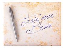 Oude document grunge achtergrond - leid uw hersenen op stock afbeelding