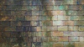 Oude doorstane bakstenen muurtextuur voor achtergrond Royalty-vrije Stock Afbeeldingen