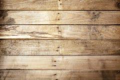 Oude doorstane rustieke houten achtergrond Stock Afbeelding
