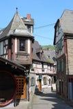 Oude Duitse helft-betimmerde huizen, Braubach, Duitsland Stock Afbeelding