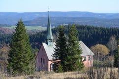 Oude Duitse kapel in de bergen Royalty-vrije Stock Fotografie