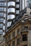 Oude en nieuwe architectuur in de Stad van Londen stock afbeeldingen