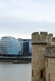 Oude en nieuwe architectuur van Londen Stock Afbeelding