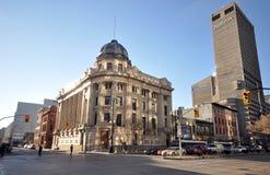 Oude en nieuwe gebouwen binnen de stad in Royalty-vrije Stock Afbeeldingen
