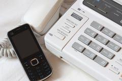 Oude en nieuwe telefoon Stock Foto's