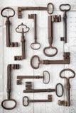 Oude en nieuwe toegangssleutels Stock Foto's